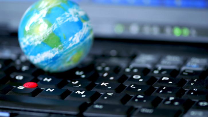 """אינטרנט בחו""""ל"""