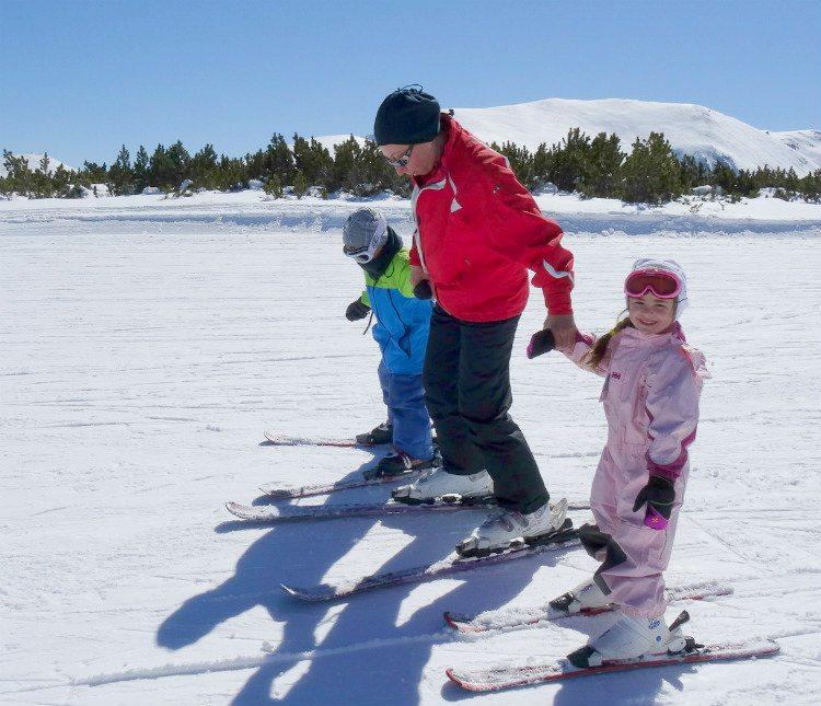 לימודי סקי לילדים